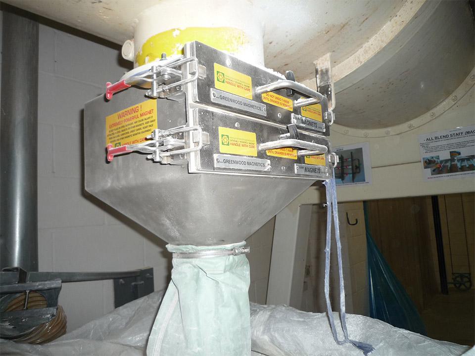 caja espana case analysis Dictionary spanish-english  presencia de aceite fuera de la caja de cambios, no es necesario  a model of for the strength analysis of a two stage helical .